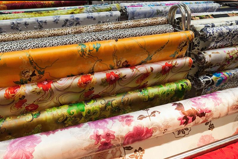 Mỹ: Dùng lụa để thay thế hóa chất được sử dụng trong sản xuất mỹ phẩm và vải vóc (5/2/2020)