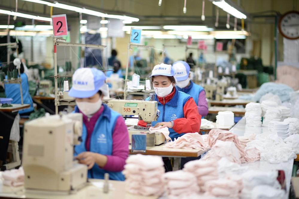 Doanh nghiệp dệt may chủ động kế hoạch sản xuất, hạn chế tác động từ dịch bệnh Covid-19 (18/2/2020)