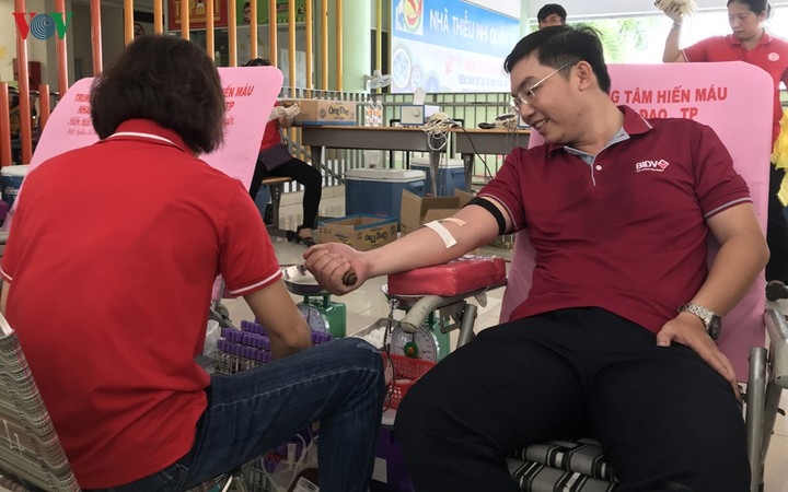 Làm gì để khắc phục tình trạng thiếu máu cứu người sau Tết Nguyên đán và do dịch bệnh? (10/2/2020)