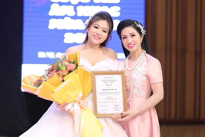 """Ca sĩ Nguyễn Đoàn Thảo Ly – cô gái được mệnh danh là """"công chúa opera"""" (1/2/2020)"""