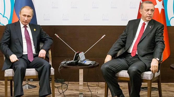 Thổ Nhĩ Kỳ mở hai mặt trận, đẩy quan hệ Nga - Thổ trước lằn ranh đỏ (23/2/2020)
