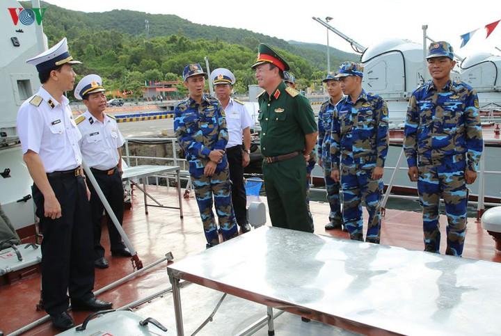 Nâng cao chất lượng giáo dục chính trị quân chủng hải quân (3/2/2020)