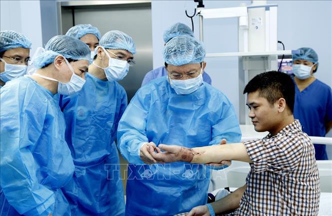 THỜI SỰ 12H TRƯA 24/2/2020: Việt Nam thực hiện thành công ca ghép chi thể đầu tiên trên thế giới từ người cho sống.