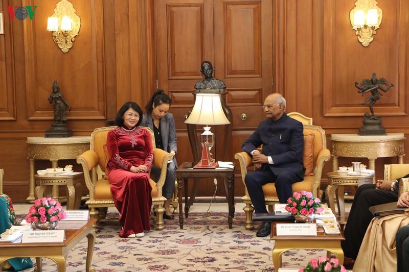THỜI SỰ 21H30 ĐÊM 13/2/2020: Phó Chủ tịch nước Đặng Thị Ngọc Thịnh hội kiến Tổng thống Ram Nath Kovind, nhân chuyến thăm làm việc tại Ấn Độ.