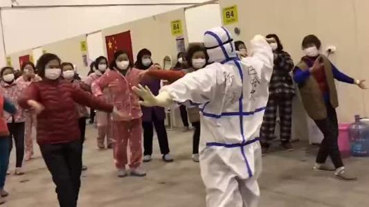 Câu chuyện về điệu nhảy truyền cảm hứng chiến thắng bệnh tật ở Vũ Hán (18/2/2020)
