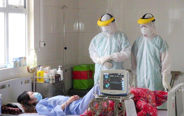 THỜI SỰ 21H30 ĐÊM 20/3/2020: Ban chỉ đạo quốc gia yêu cầu các bệnh viện, Sở Y tế và Y tế ngành đảm bảo hạn chế tiếp xúc gần giữa các nhân viên y tế và giữa các người bệnh.