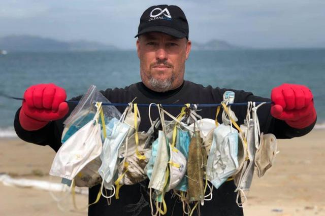 Thực trạng ô nhiễm môi trường do khẩu trang thải ra ở Hong Kong (19/3/2020)