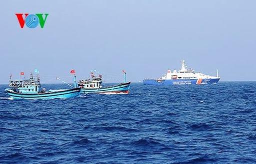 Những kiến thức bảo đảm an toàn cho tàu thuyền khi vươn khơi (9/3/2020)