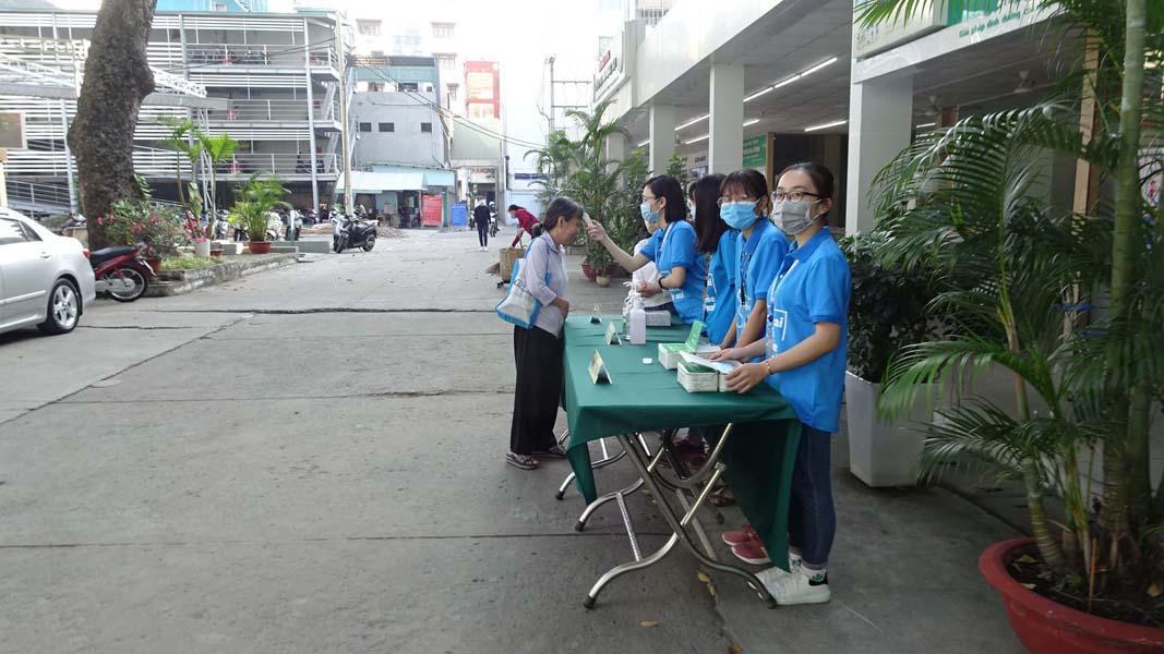 Sinh viên ngành y, dược ở TP HCM sẵn sàng tham gia phòng chống Covid-19 (20/3/2020)