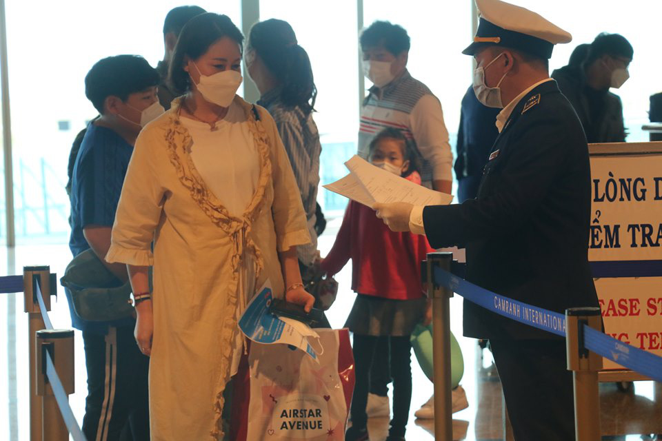 THỜI SỰ 6H SÁNG 1/3/2020: Việt Nam thực hiện khai báo y tế với khách nhập cảnh đến hoặc đi qua Iran và Italia.