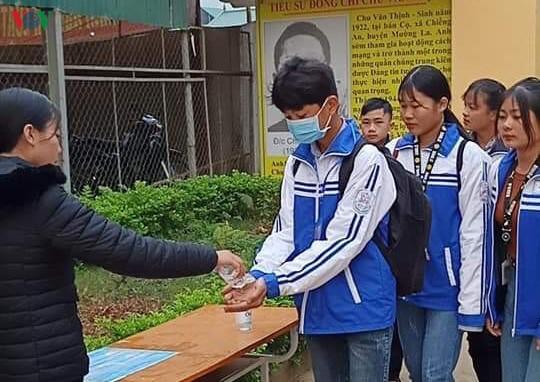 THỜI SỰ 6H SÁNG 3/3/2020: Tỉnh Sơn La cho toàn bộ học sinh nghỉ học thêm 2 tuần vì phát hiện 5 lưu học sinh Lào học tại Trường Cao đẳng Y tế Sơn La có biểu hiện ho, sốt