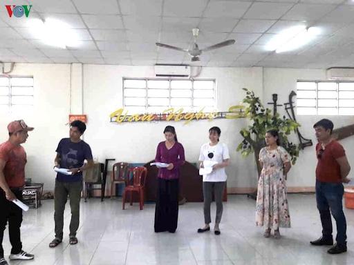 Các nghệ sĩ nhà hát Tây Đô tuyên truyền phòng dịch COVID-19 bằng đờn ca tài tử (13/4/2020)