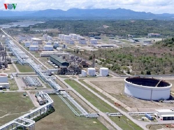 THỜI SỰ 21H30 ĐÊM 24/4/2020: Quảng Ngãi trình Thủ tướng cho phép chuyên gia nước ngoài vào bảo dưỡng Nhà máy Lọc dầu Dung Quất.