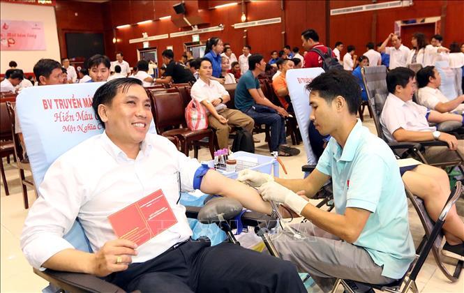 """THỜI SỰ 6H SÁNG 8/4/2020: """"Báo động đỏ"""" tình trạng thiếu máu tại các bệnh viện và ngân hàng máu."""