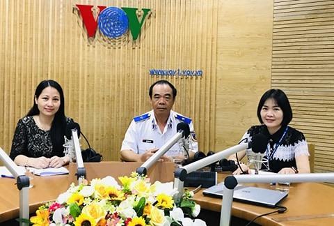 Đưa pháp luật biển đến với ngư dân: Cẩm nang vươn khơi an toàn (31/5/2020)