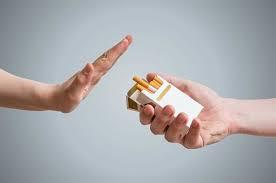 Phòng chống tác hại của thuốc lá: Luật đã có nhưng vẫn khó xử phạt người hút thuốc nơi công cộng (29/5/2020)