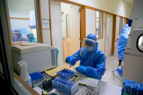 THỜI SỰ 21H30 ĐÊM 7/5/2020: 17 ca nhiễm COVID-19 từ nước ngoài về đã cách ly ngay khi nhập cảnh
