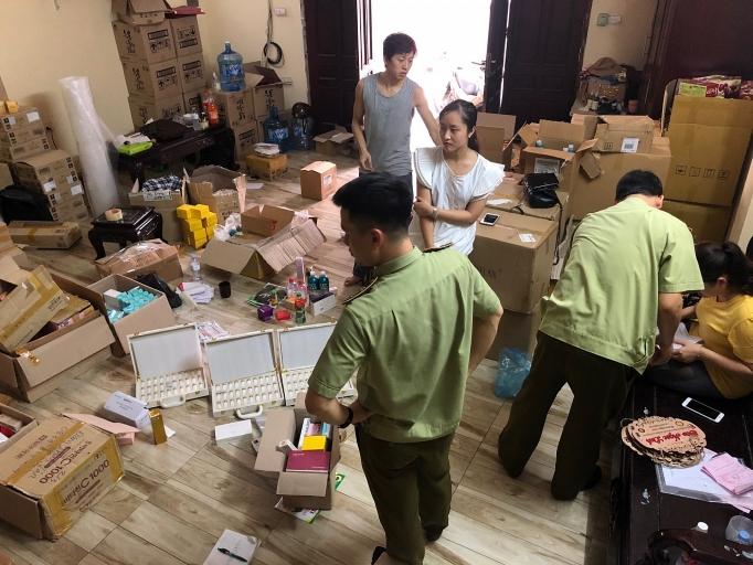 Hà Nội: Thu giữ hơn 1.800 sản phẩm mỹ phẩm không rõ nguồn gốc (26/5/2020)