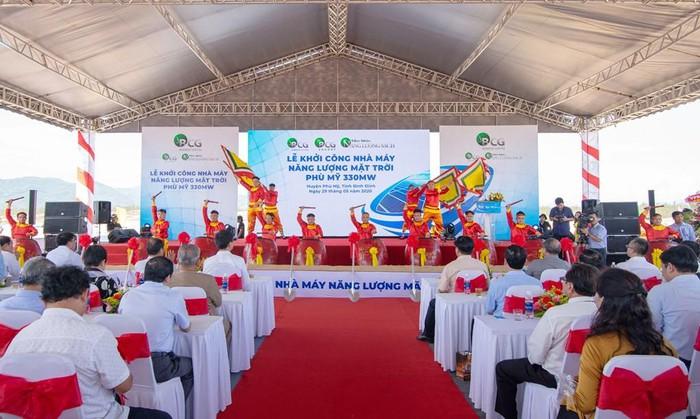 THỜI SỰ 12H TRƯA 31/5/2020: Bình Định khởi công xây dựng nhà máy điện năng lượng mặt trời với vốn đầu tư hơn 6.000 tỷ đồng.