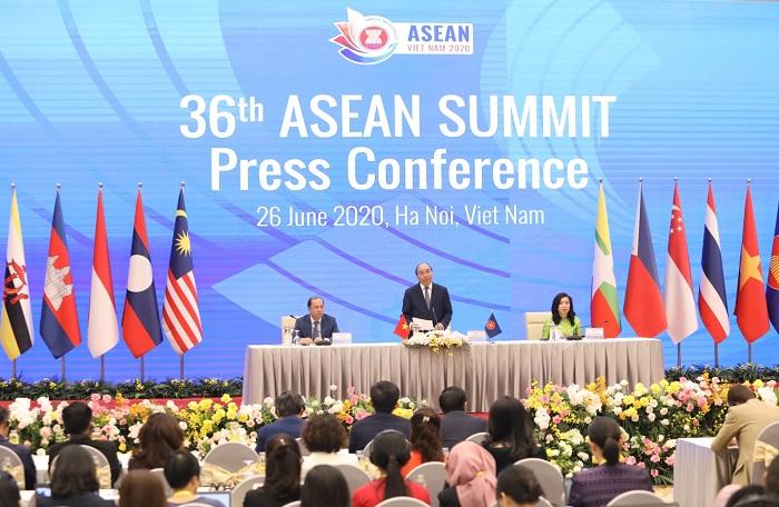 THỜI SỰ 21H30 ĐÊM 26/6/2020: Hội nghị cấp cao ASEAN lần thứ 36 đã thành công tốt đẹp, thể hiện một ASEAN an toàn, đoàn kết và chủ động thích ứng.