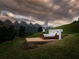Mô hình khách sạn độc đáo, không có tường, không có mái nhà ở vùng núi hoang vu (21/6/2020)