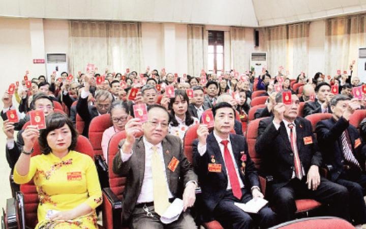 Bài học về công tác nhân sự, nhìn từ các Đại hội đảng cơ sở và cấp trên cơ sở (28/7/2020)