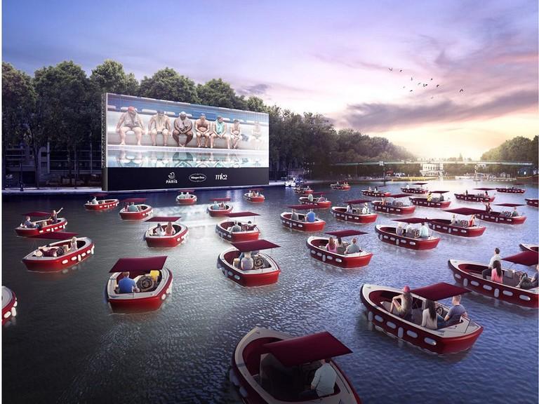 Pháp thưởng thức rạp chiếu phim ngoài trời trên sông Seine (20/07/2020)