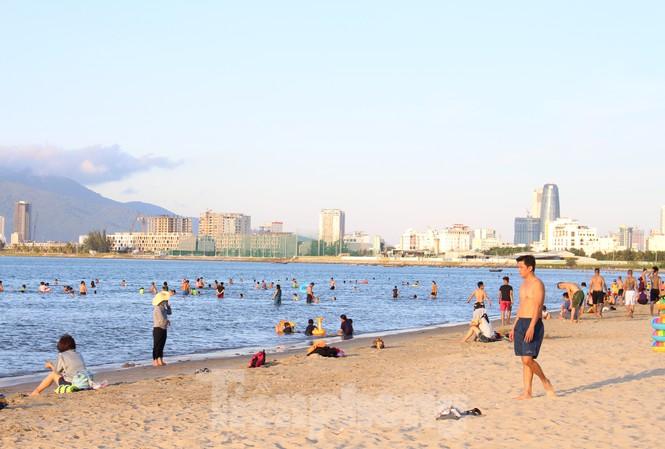 Nỗ lực hỗ trợ khách hàng từ phía các công ty du lịch khi Đà Nẵng cách ly (30/7/2020)