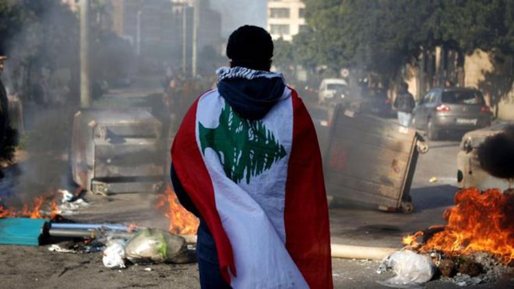 Vụ nổ ở thủ đô Beirut châm ngòi cho những bất ổn kinh tế - xã hội ở Liban (11/8/2020)