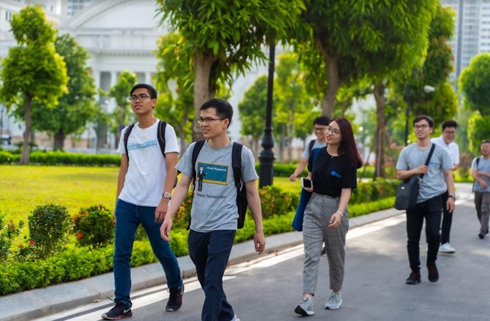 """Thúc đẩy học sinh Việt Nam """"du học trong nước"""": Cơ hội nhiều, thách thức không ít (12/8/2020)"""