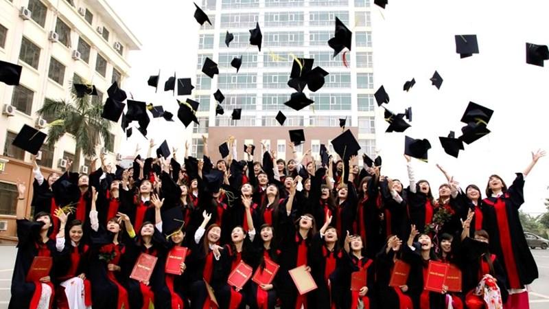 Cơ hội và thách thức cho học sinh Việt Nam khi du học trong nước (12/8/2020)