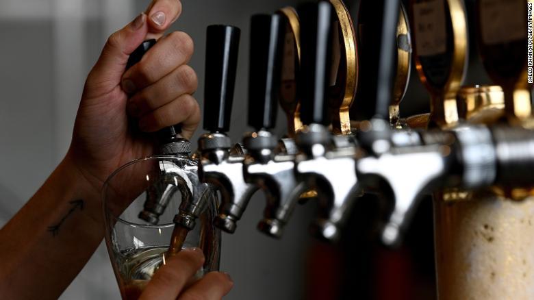 Australia tận dụng bia cũ tạo ra năng lượng xanh (31/8/2020)