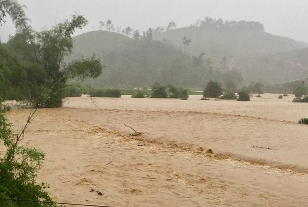 Nghệ An: Khẩn trương chuẩn bị ứng phó áp thấp mạnh lên thành bão (1/8/2020)