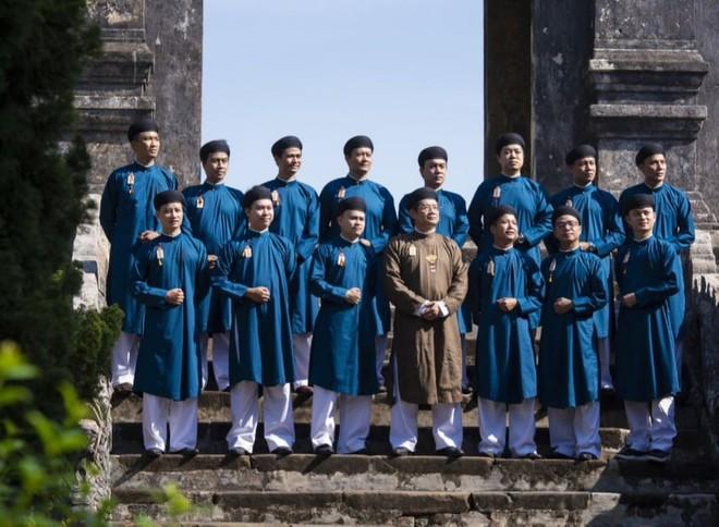 """Chiếc áo dài ngũ thân và đi tìm """"Quốc phục nam"""" truyền thống (13/9/2020)"""