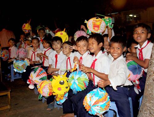 THỜI SỰ 6H SÁNG 29/9/2020: Tổng Bí thư, Chủ tịch nước Nguyễn Phú Trọng gửi thư chúc Tết Trung thu cho các cháu thiếu niên, nhi đồng