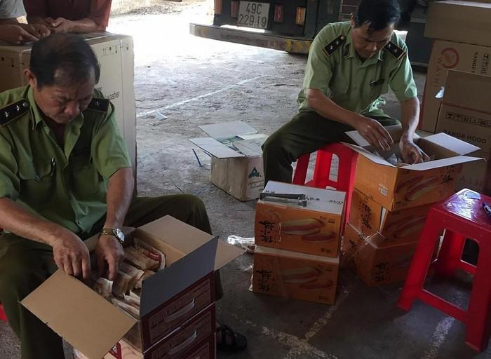 Quảng Trị: Phát hiện hơn 3.000 chiếc bánh Trung Thu các loại không rõ nguồn gốc (22/9/2020)