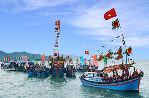 Khuyến cáo đến ngư dân vươn khơi đúng quy định pháp luật và hình thức xử phạt khi vi phạm (09/09/2020)