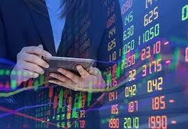 Thị trường chứng khoán có phiên điều chỉnh giảm sâu sau khoảng thời gian dài tăng điểm (20/01/2021)