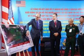 THỜI SỰ 18H CHIỀU 20/1/2021: Hoa Kỳ tiếp tục cam kết 65 triệu đôla cho Việt Nam xử lý chất độc dioxin, khắc phục hậu quả chiến tranh.