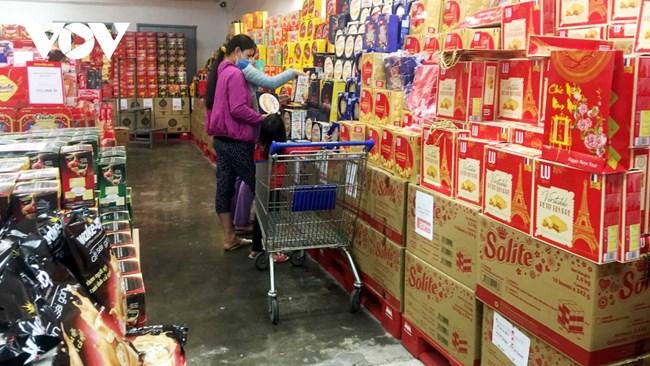 Thị trường hàng hóa Tết Tân Sửu: Hàng Việt chiếm ưu thế (4/2/2021)
