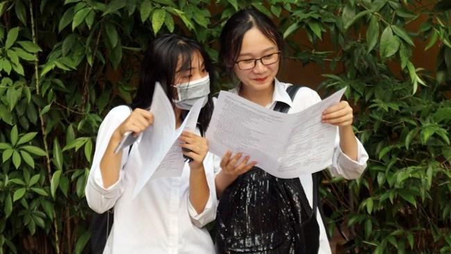Tuyển sinh vào lớp 10 THPT 2021:  Học sinh ôn thi cấp tốc  liệu có thực sự cần thiết? (02/04/2021)