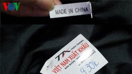 Theo dòng thời sự ngày 06/02/2015: Hàng hóa không rõ xuất xứ gắn mác hàng Việt Nam: Tác hại khôn lường
