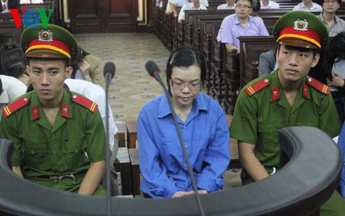 Thời sự đêm ngày 17/12/2014: Ngân hàng Vietin Bank phủ nhận trách nhiệm bồi thường cho các bị hại trong vụ án Huỳnh Thị Huyền Như