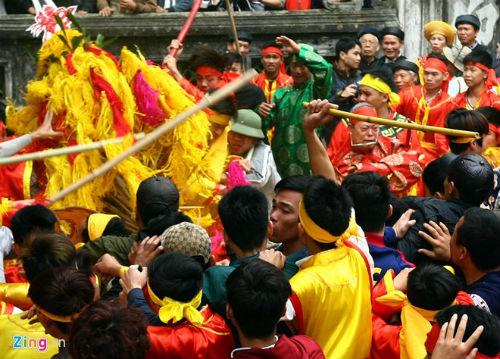 Siết chặt quản lý để giữ nét đẹp truyền thống của lễ hội