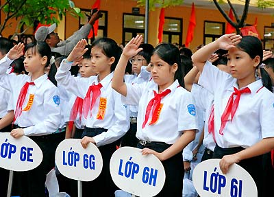 Việt Nam trong tuần ngày 21/3/2015: Cấm thi tuyển vào lớp 6: Các trường chờ cơ chế đặc thù