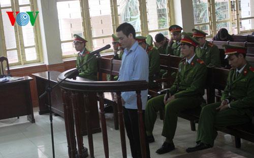 Thời sự đêm ngày 06/3/2015: Tòa án nhân dân tỉnh Bắc Giang hôm nay mở phiên tòa xét xử sơ thẩm bị cáo Lý Nguyễn Chung, hung thủ thực sự trong vụ án oan của ông Nguyễn Thanh Chấn