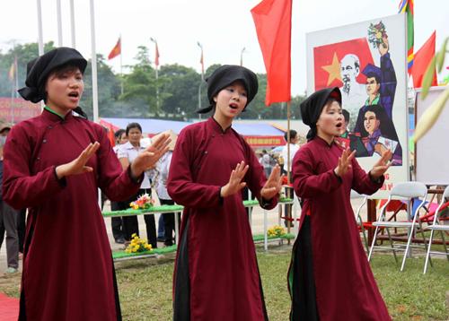 Tỉnh Phú Thọ với những giải pháp hiệu quả bảo tồn di sản Hát Xoan. (11/3/2016)