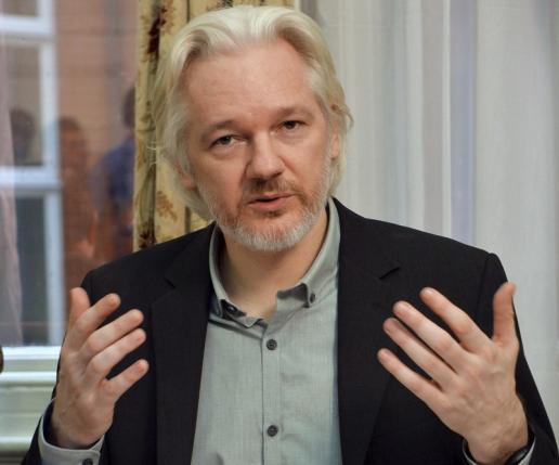 Nhóm công tác của Liên hợp quốc ra phán quyết nêu rõ, việc Thụy Điển và Anh ra lệnh bắt giam chủ trang mạng Wikileaks là tùy tiện (Thời sự đêm 5/2/2016)