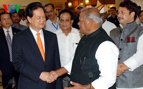 Thời sự sáng ngày 28/10/2014: Thủ tướng Nguyễn Tấn Dũng dự và phát biểu tại Diễn đàn Thương mại và đầu tư Việt Nam - Ấn Độ