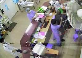 Điểm hẹn 17h ngày 28/7/2014: Lý giải tình trạng bất ổn an ninh tại các bệnh viện